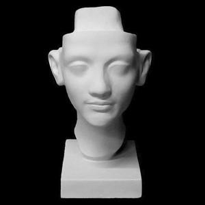 Kipskuju Nefertiti 2