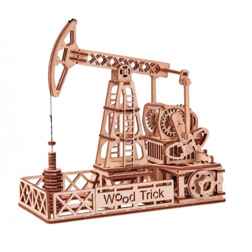 Puidust konstruktor«Oil derrick»